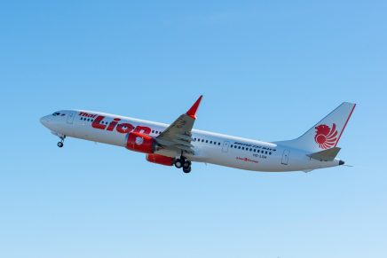 Boeing delivers first 737 MAX 9